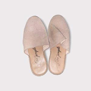 Free People Tan Flat Leather Shoes Size 8